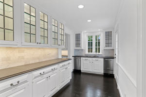 100  Regents Park Road , Palm Beach FL 33480 is listed for sale as MLS Listing RX-10581172 photo #8