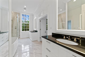 100  Regents Park Road , Palm Beach FL 33480 is listed for sale as MLS Listing RX-10581172 photo #14