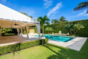 100  Regents Park Road , Palm Beach FL 33480 is listed for sale as MLS Listing RX-10581172 photo #23