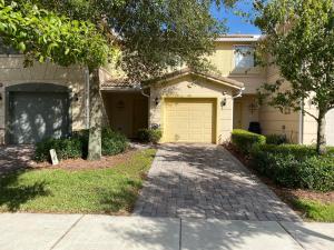 461 SE Bloxham Way  For Sale 10581347, FL