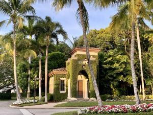 238  Via Las Brisas  , Palm Beach FL 33480 is listed for sale as MLS Listing RX-10581446 photo #3