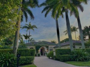 238  Via Las Brisas  , Palm Beach FL 33480 is listed for sale as MLS Listing RX-10581446 photo #2