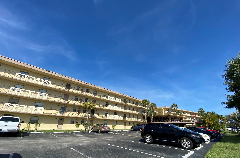 9355 8th Street, Boca Raton, Florida 33428, 2 Bedrooms Bedrooms, ,2 BathroomsBathrooms,Rental,For Rent,8th,RX-10581569