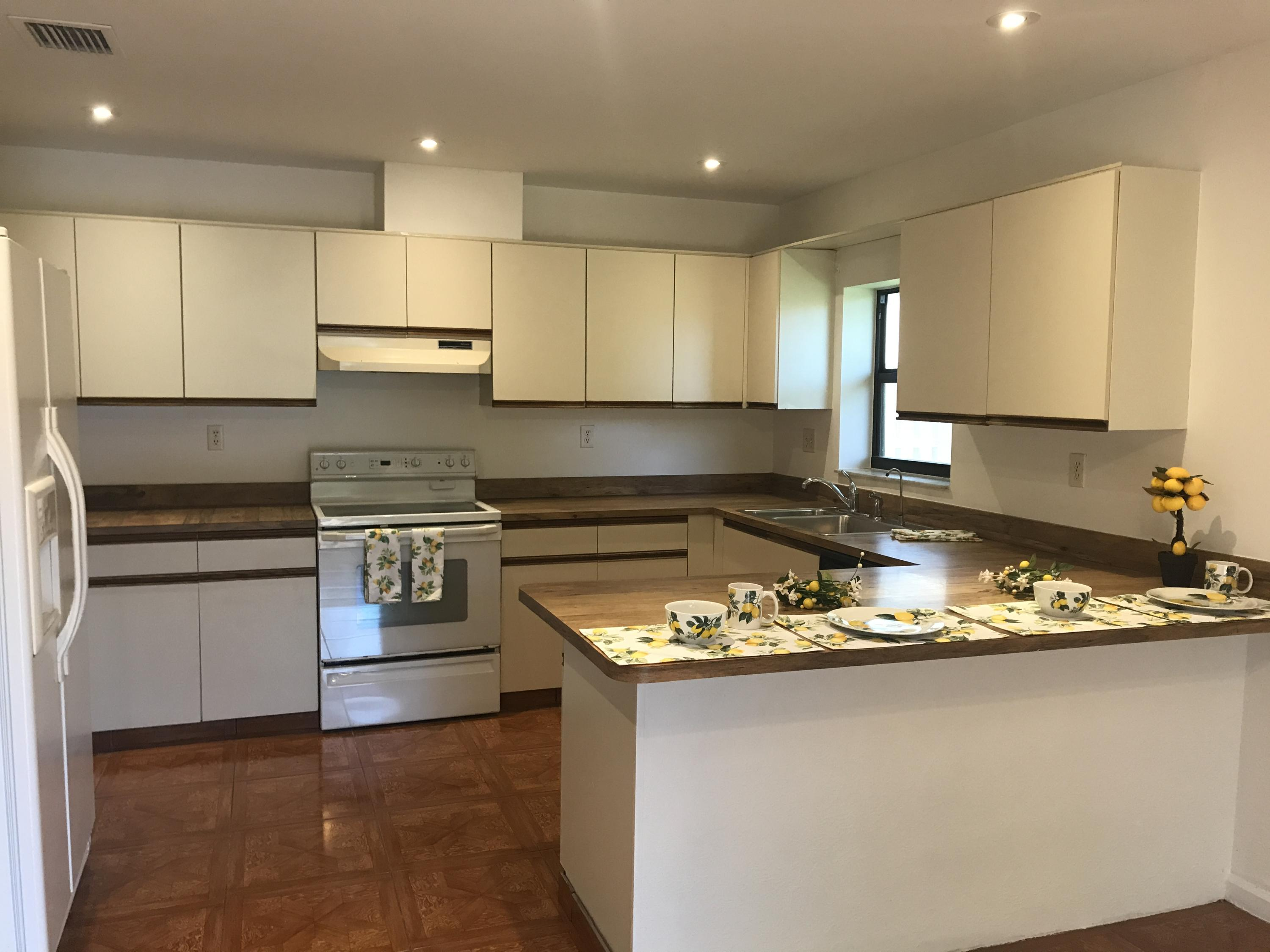 2175 14th Street, Delray Beach, Florida 33445, 2 Bedrooms Bedrooms, ,2 BathroomsBathrooms,Residential,For Sale,14th,RX-10581796