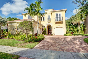 17850  Lake Azure Way  For Sale 10581808, FL