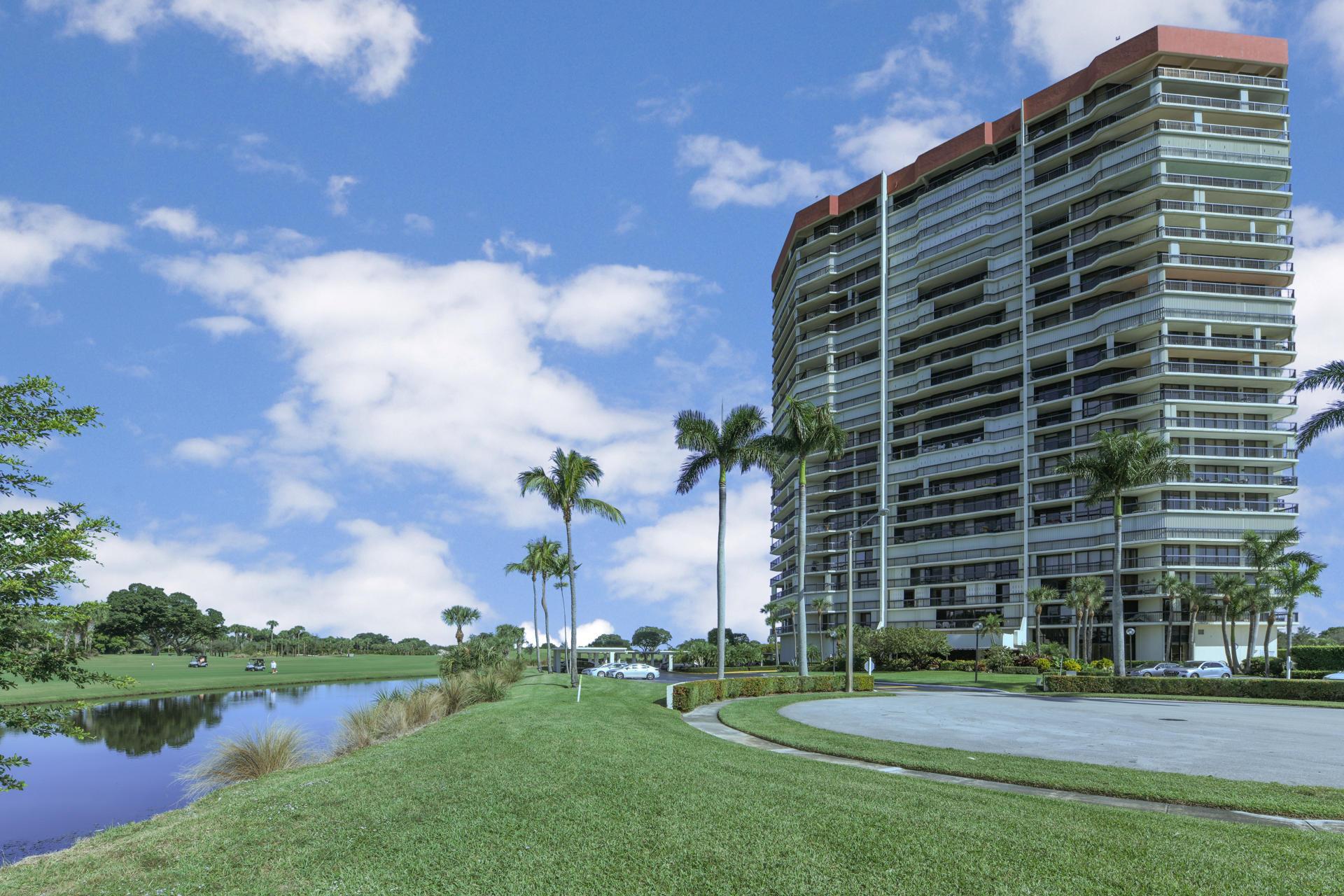 1900 Consulate Place 401  West Palm Beach, FL 33401