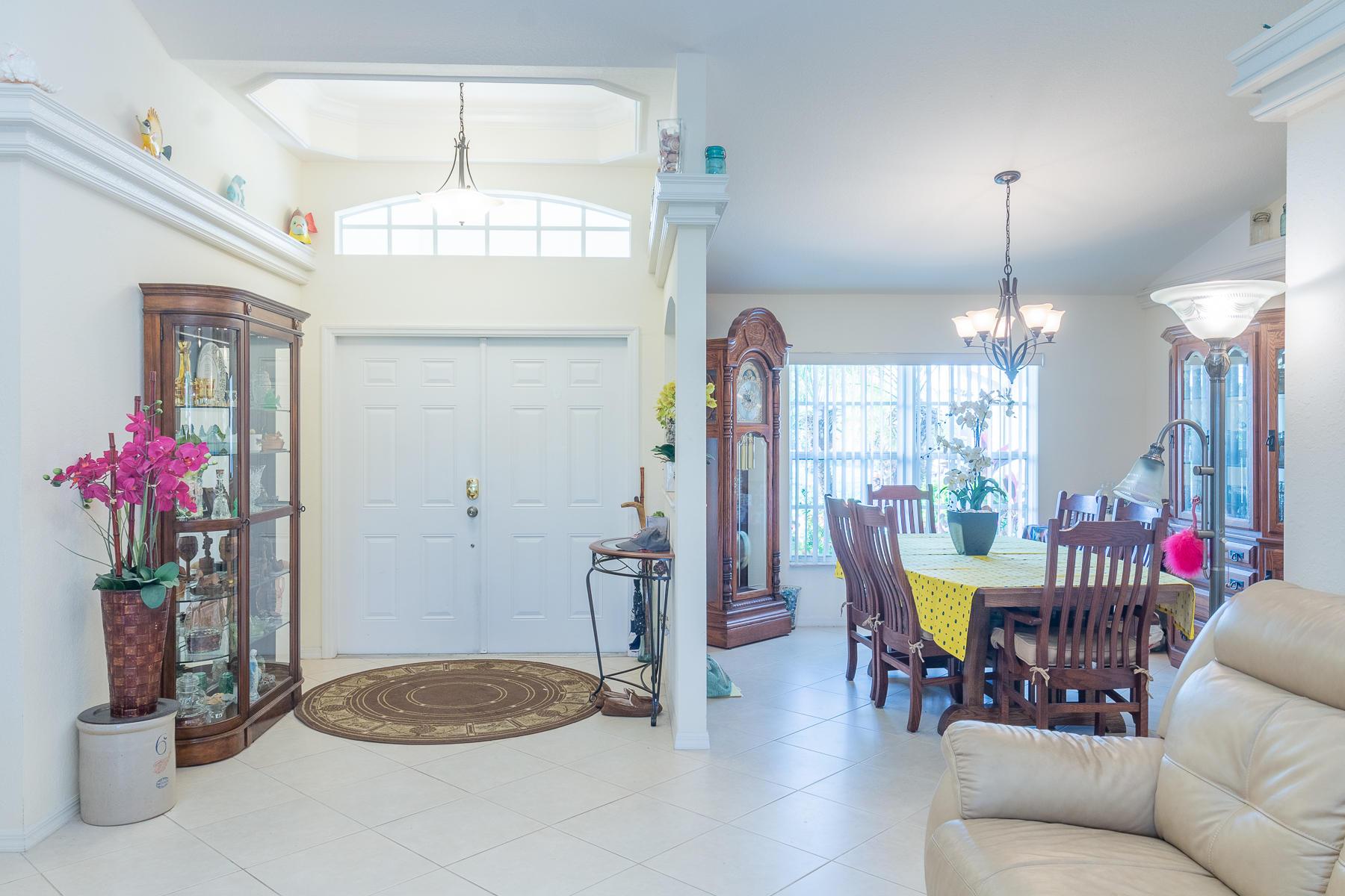 601 SW Stillman Avenue Port Saint Lucie, FL 34953 photo 4