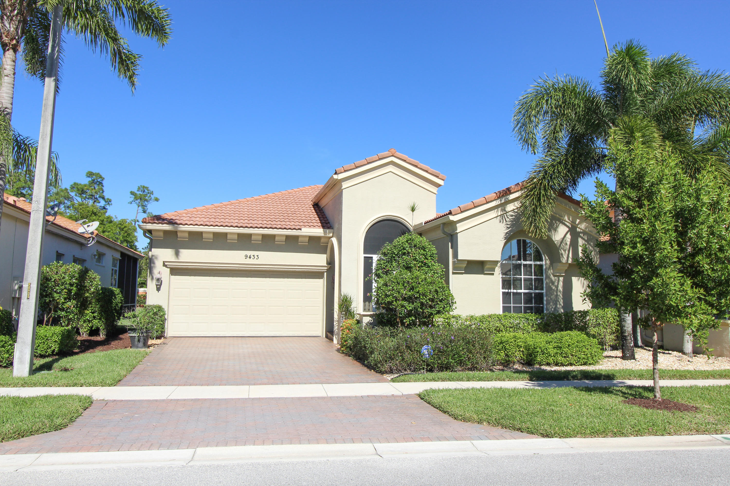 9433 Via Elegante Wellington, FL 33411