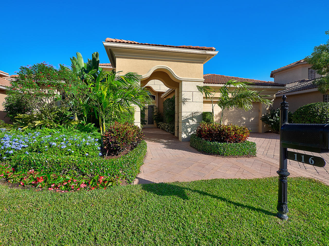 116 Sunesta Cove Drive, Palm Beach Gardens, Florida 33418, 3 Bedrooms Bedrooms, ,3.1 BathroomsBathrooms,A,Single family,Sunesta Cove,RX-10582554