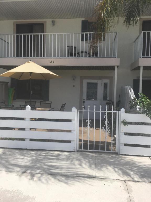 324 W Pine Street, 13 - Lantana, Florida