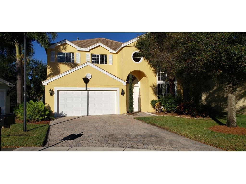 272 Kensington Way Royal Palm Beach, FL 33414