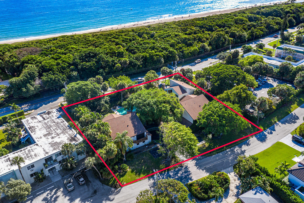 Developer opportunity on prime land in Ocean Ridge. Townhomes or possibly condominiums. Approximatel