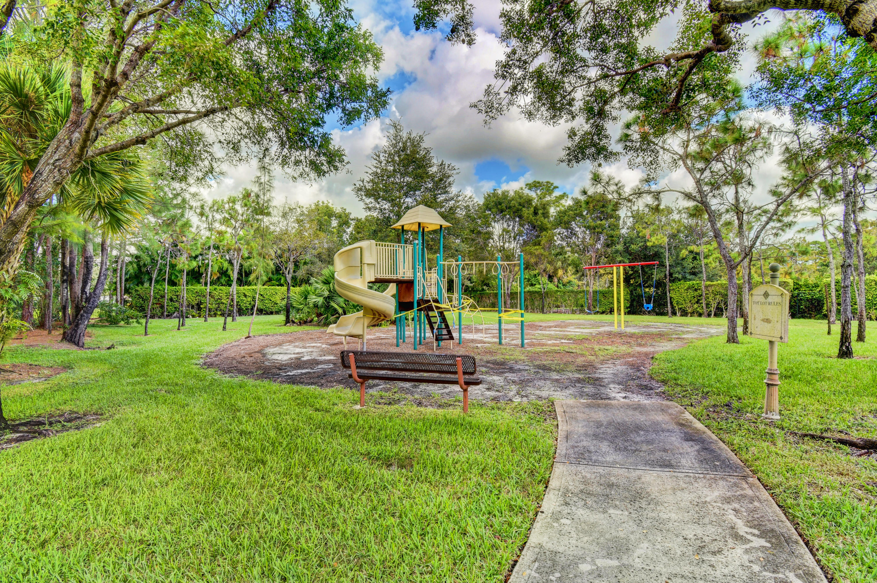 400 N Crestwood Court 415 Royal Palm Beach, FL 33411 photo 24