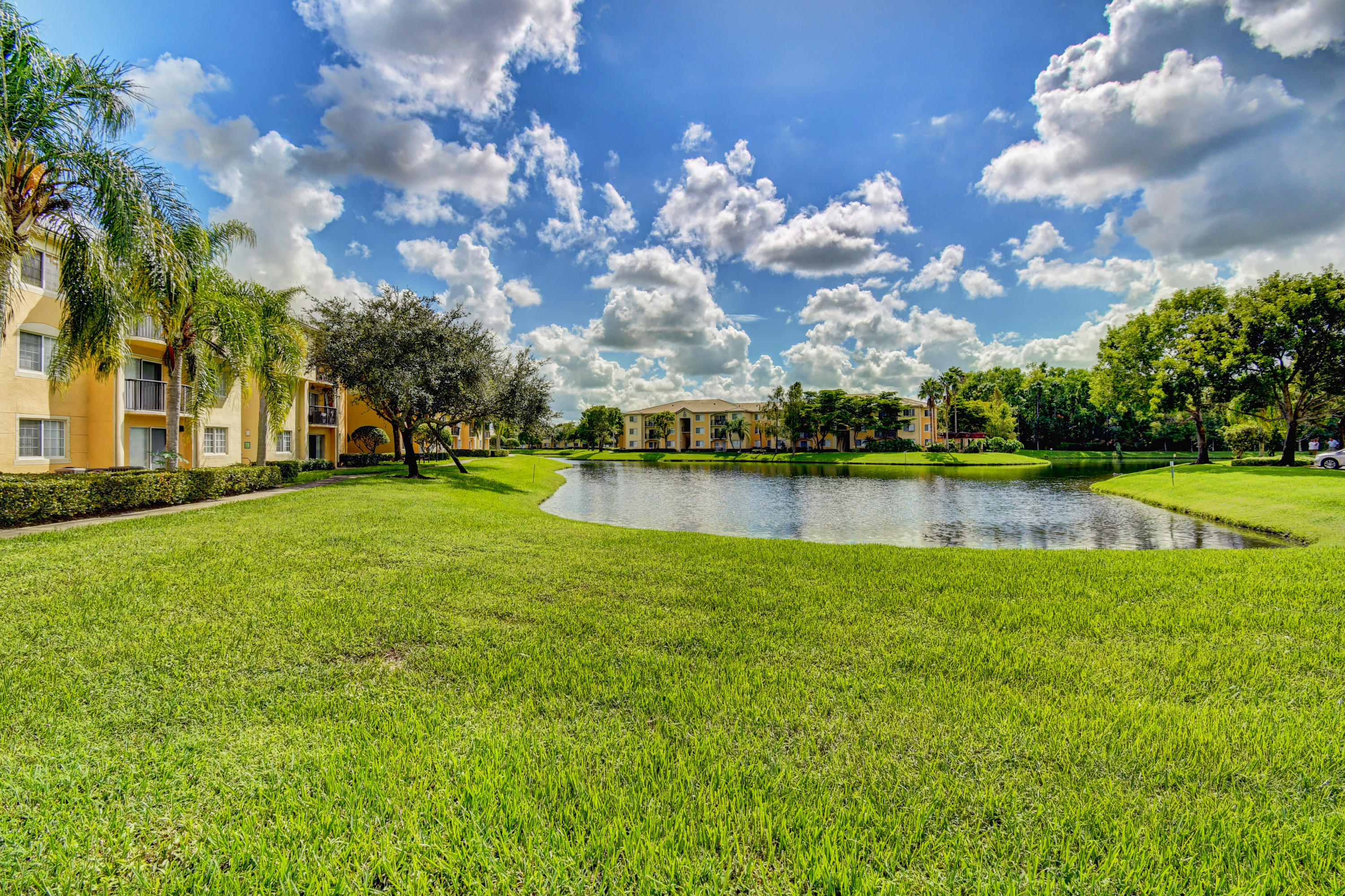 400 N Crestwood Court 415 Royal Palm Beach, FL 33411 photo 23