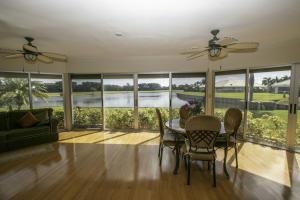 Cedar Key Villa