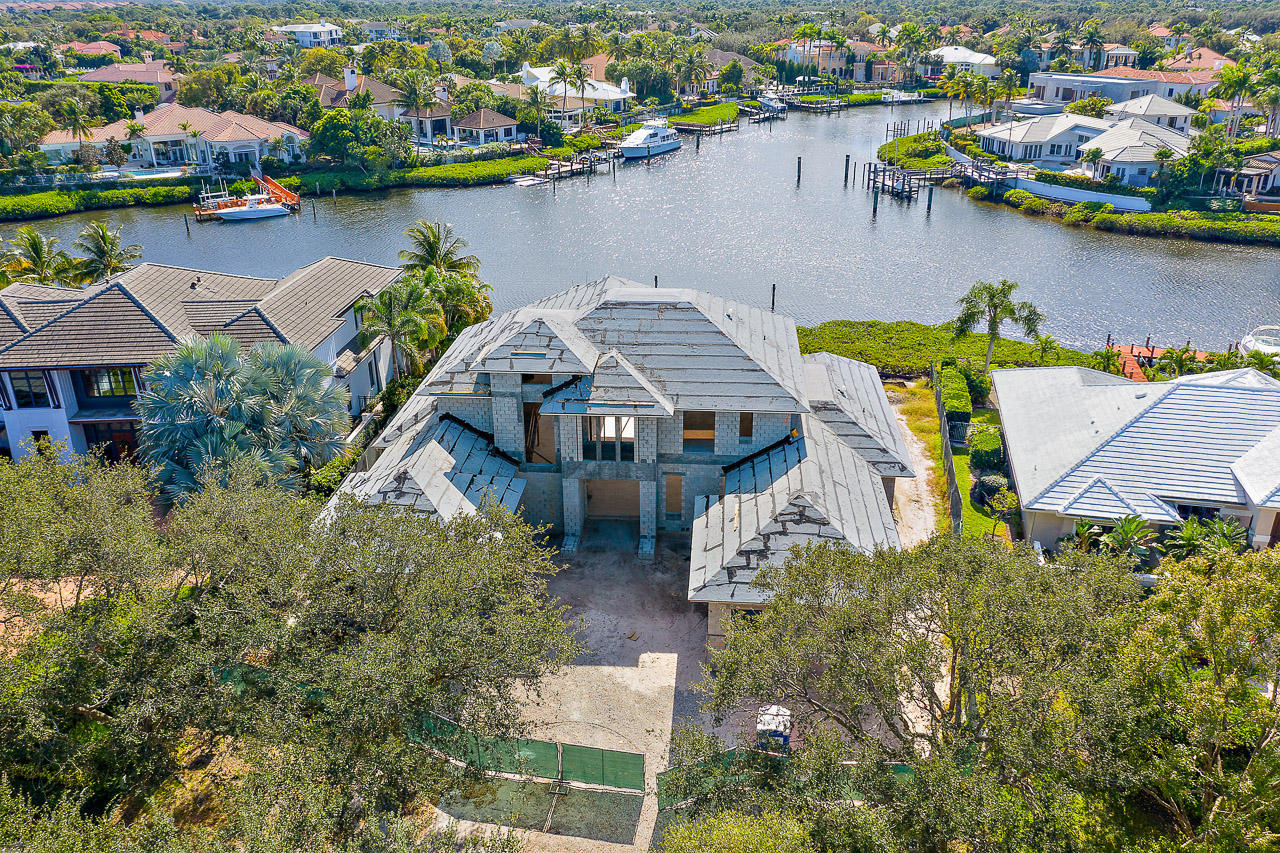 171  Commodore Drive , Jupiter FL 33477 is listed for sale as MLS Listing RX-10566481 photo #3