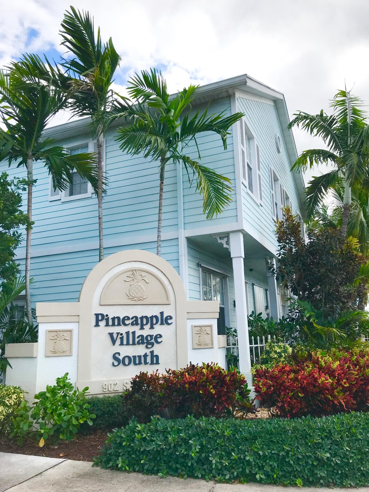 Home for sale in PINEAPPLE VILLAGE SOUTH Lake Worth Florida