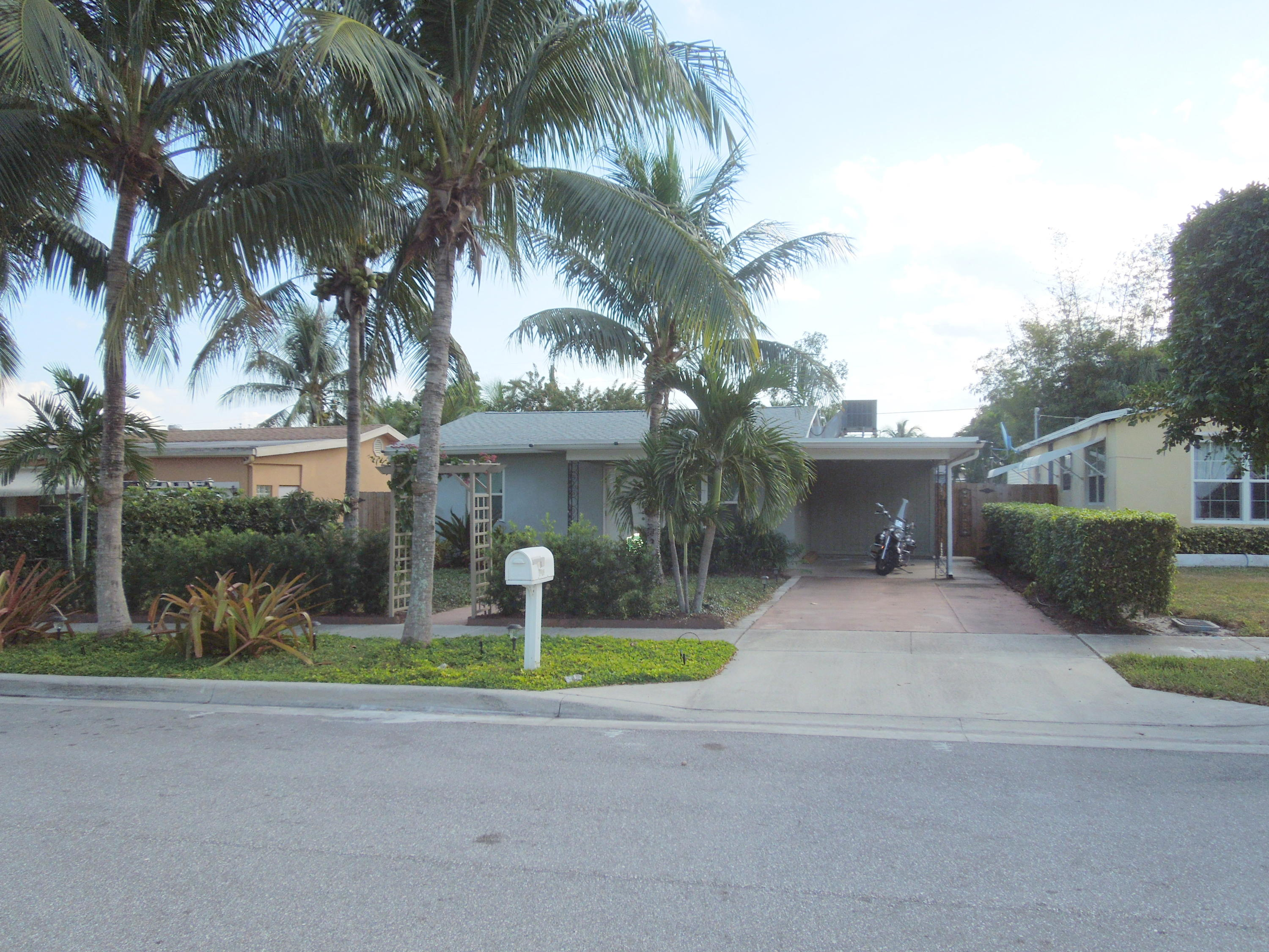 Home for sale in CRESTWOOD Lake Worth Beach Florida