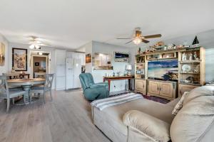 137  Southampton B   For Sale 10583739, FL