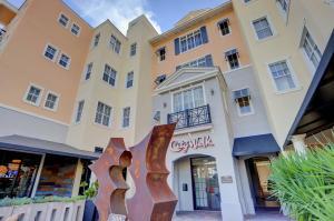200 NE 2nd Avenue 412 For Sale 10584231, FL