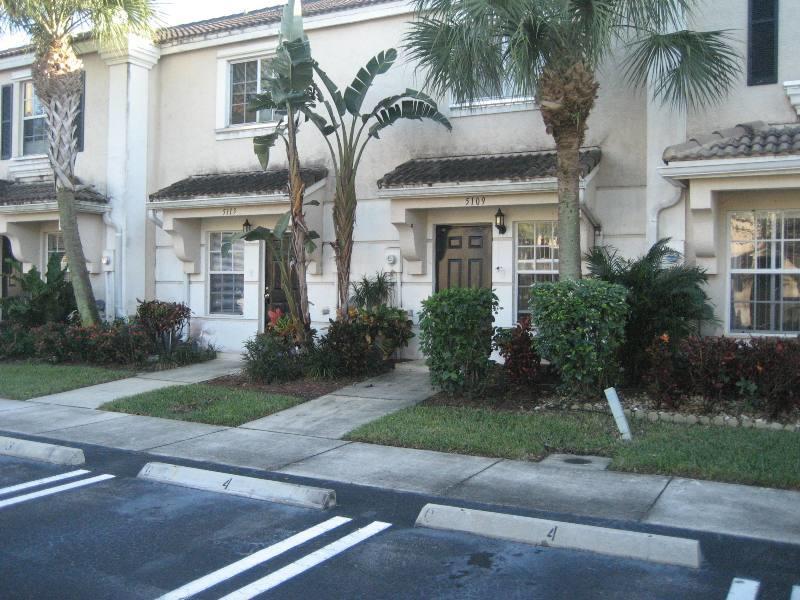 5113 Palmbrooke Circle  West Palm Beach, FL 33417