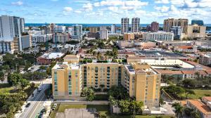 403 S Sapodilla Avenue 702 For Sale 10584088, FL
