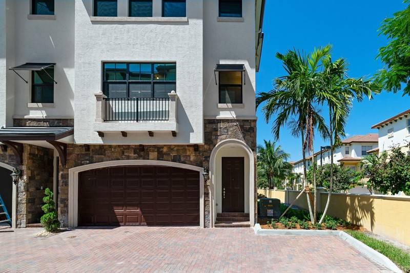 5 Windward Lane 23 Boynton Beach, FL 33435