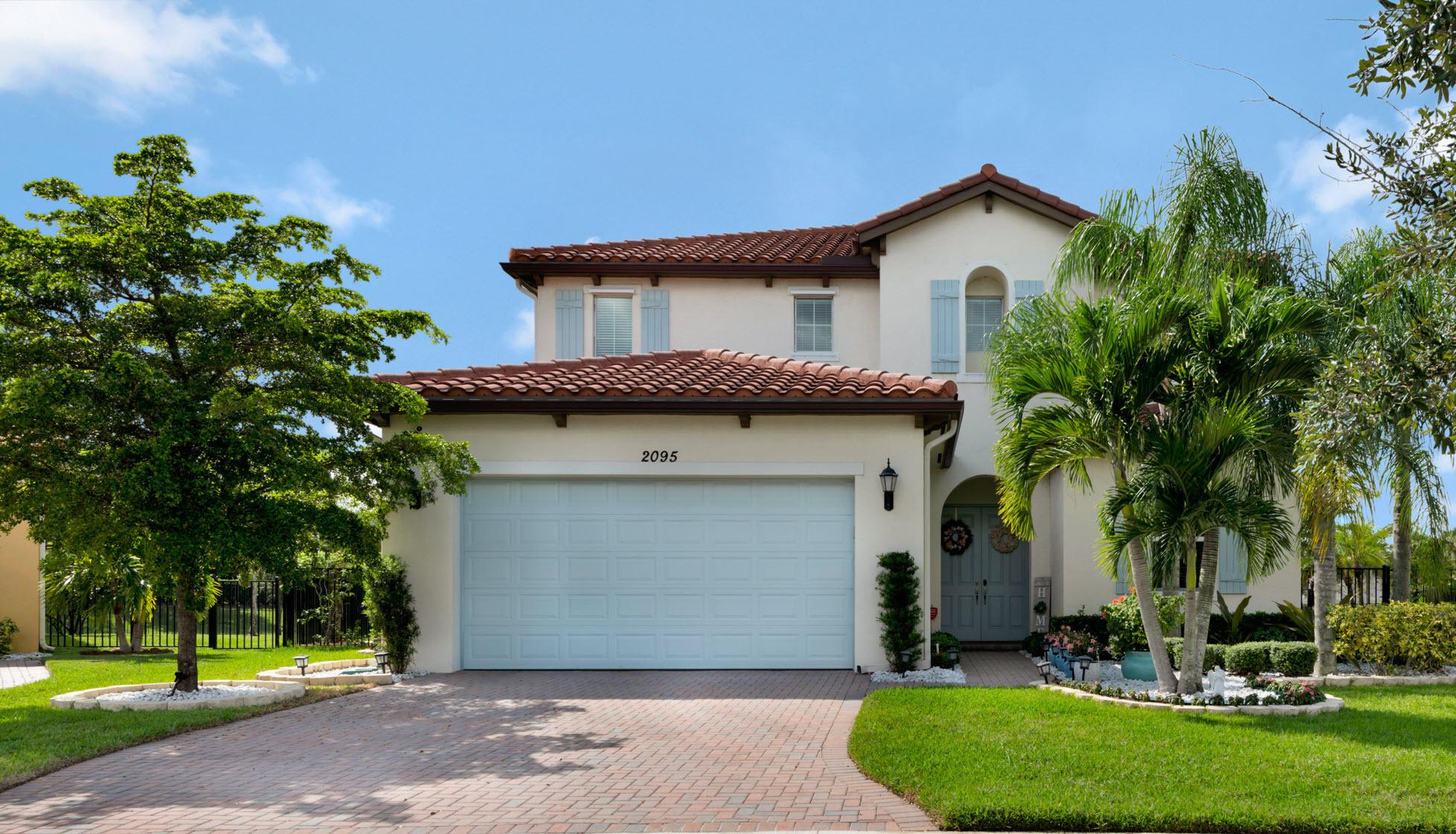2095 Belcara Court Royal Palm Beach, FL 33411