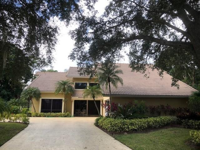 Photo of 4 Banchory Court, Palm Beach Gardens, FL 33418