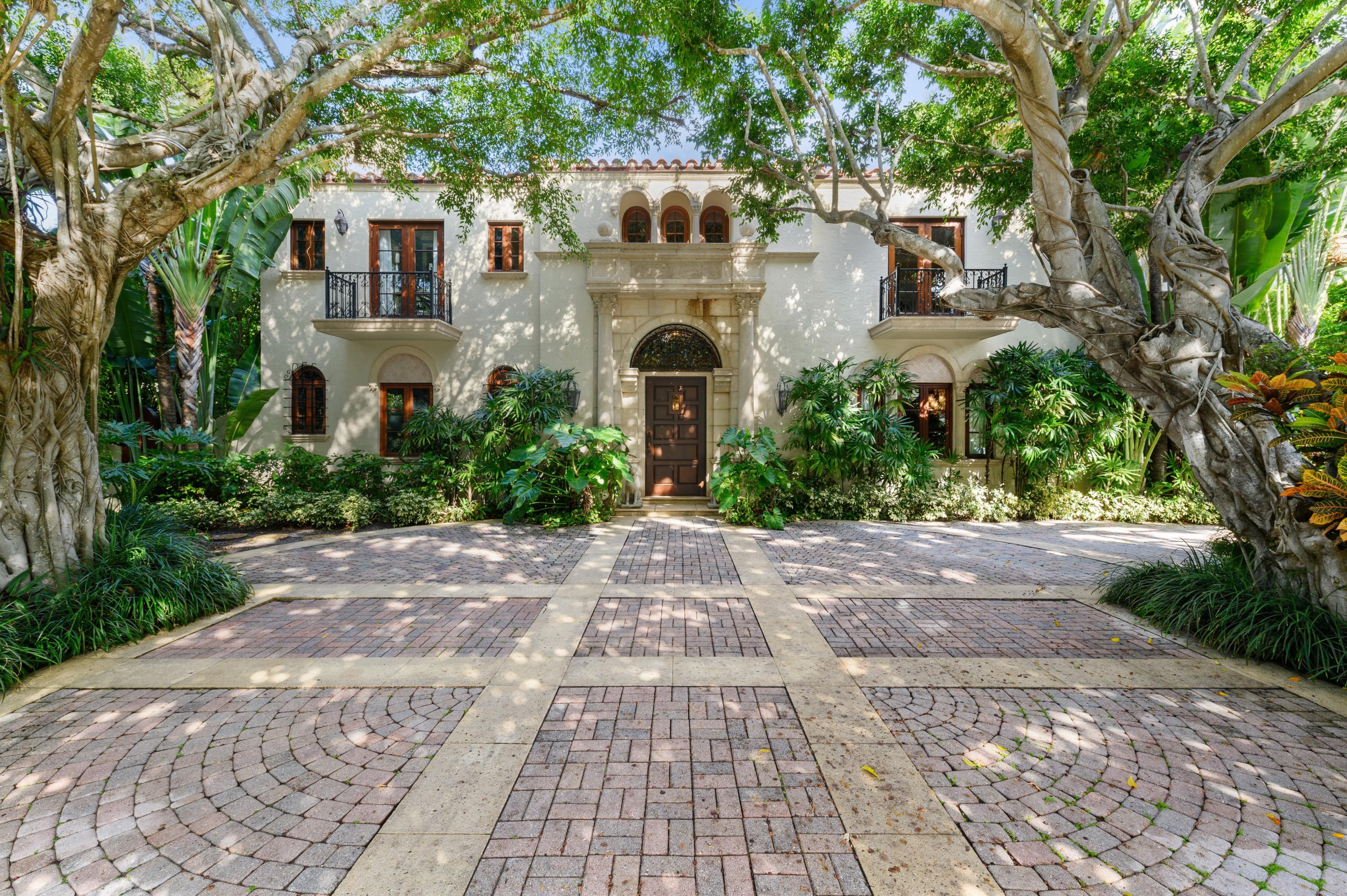 217 Clarke Avenue - Palm Beach, Florida