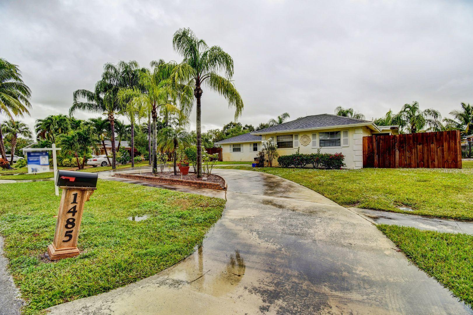 Home for sale in WOODCREST West Palm Beach Florida