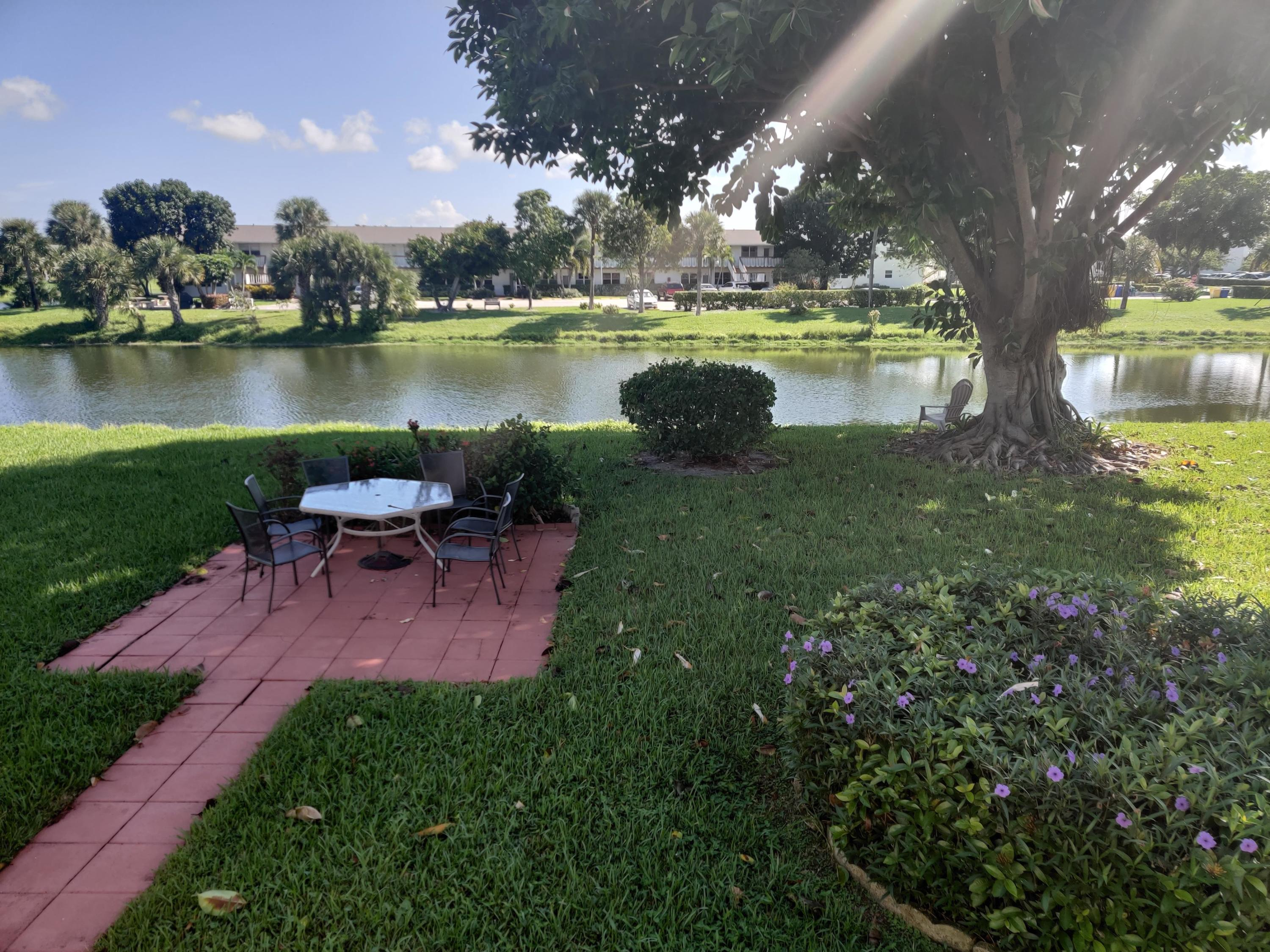 18 Berkshire A, West Palm Beach, Florida 33417, 1 Bedroom Bedrooms, ,1 BathroomBathrooms,Residential,for Rent,CENTURY VILLAGE,Berkshire A,RX-10566704, , , ,for Rent