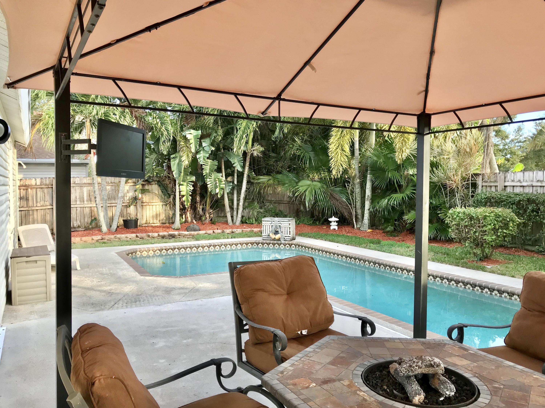 7870 Blackwood Lane Lake Worth, FL 33467