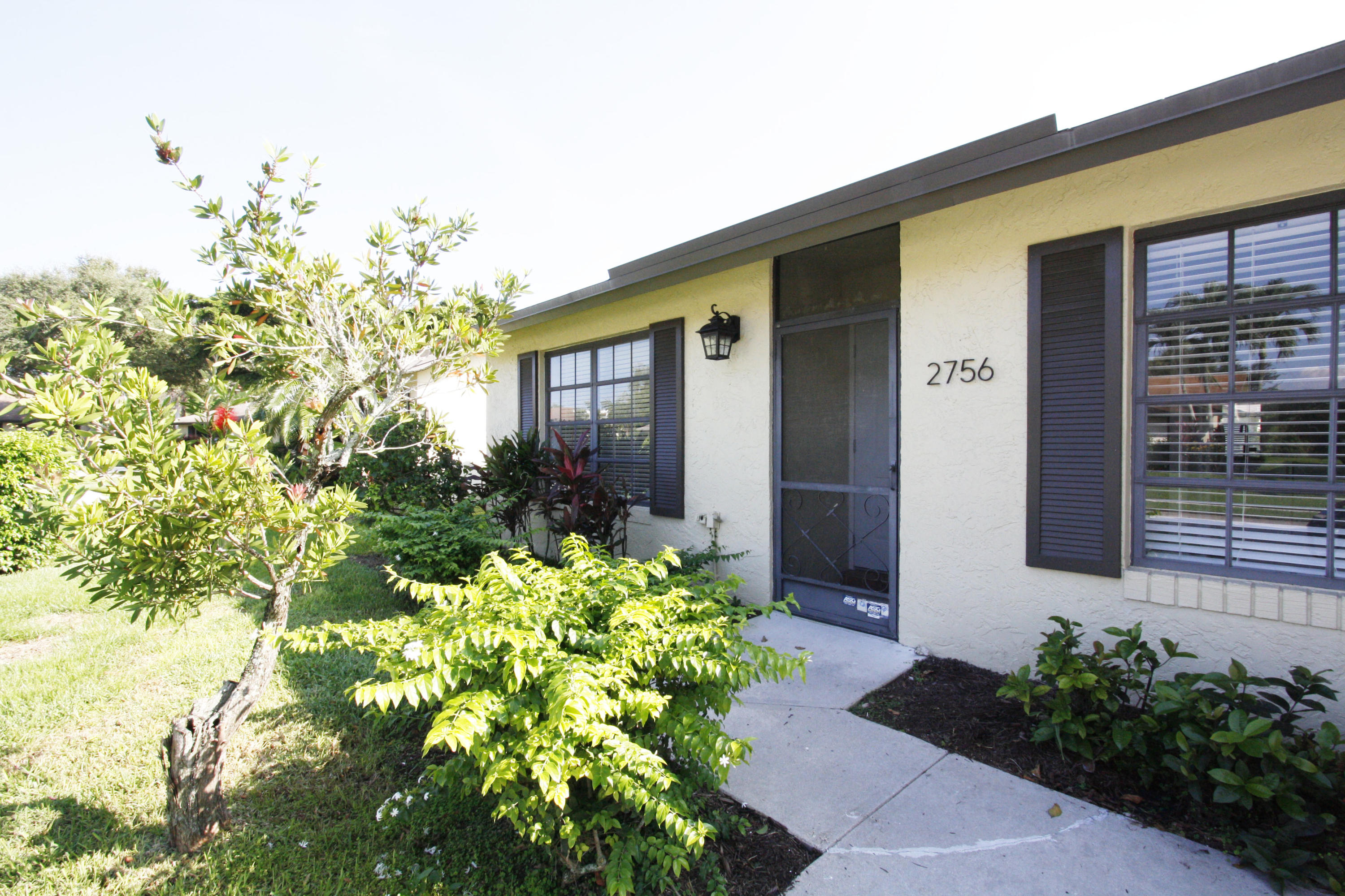 2756 Carnation Court, Delray Beach, Florida 33445, 2 Bedrooms Bedrooms, ,2 BathroomsBathrooms,Rental,For Rent,Carnation,RX-10586551