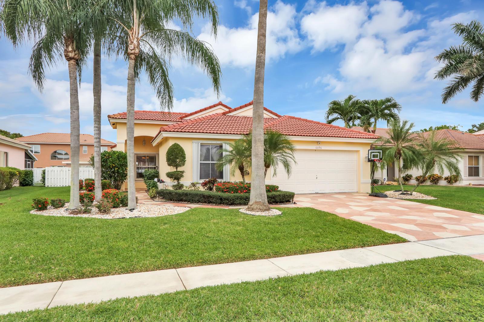 6096 Royal Birkdale Drive Lake Worth, FL 33463 photo 3