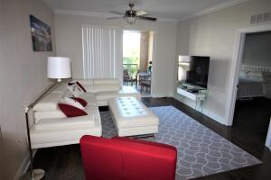 1690  Renaissance Commons Boulevard 1622 For Sale 10586769, FL
