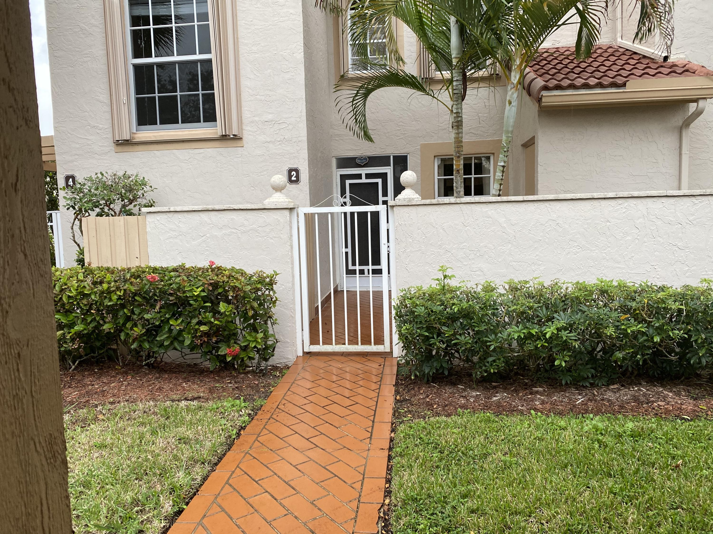 14340 Emerald Lake Drive 2 Delray Beach, FL 33446 Delray Beach FL 33446