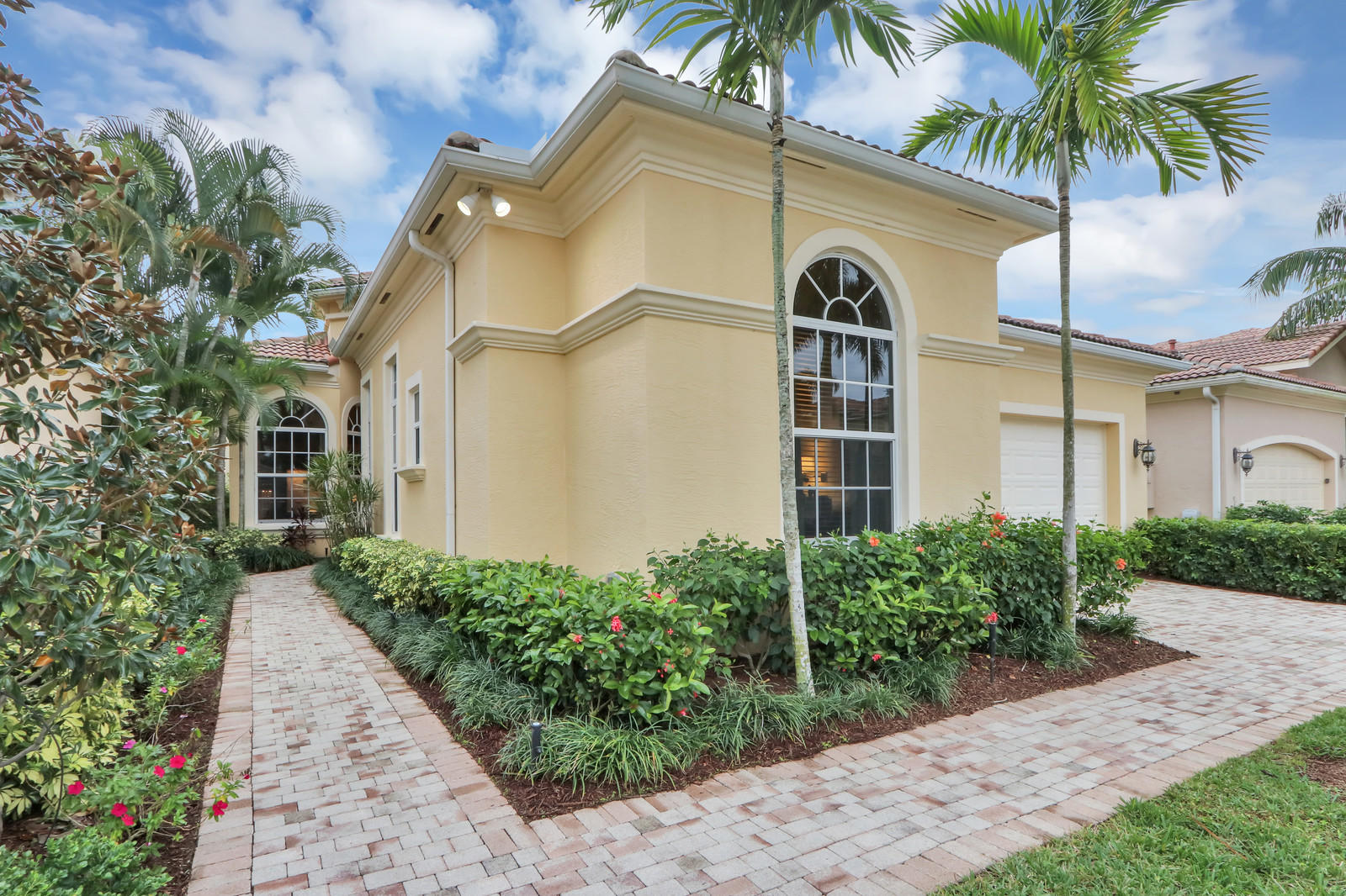 226 Andalusia Drive  Palm Beach Gardens FL 33418