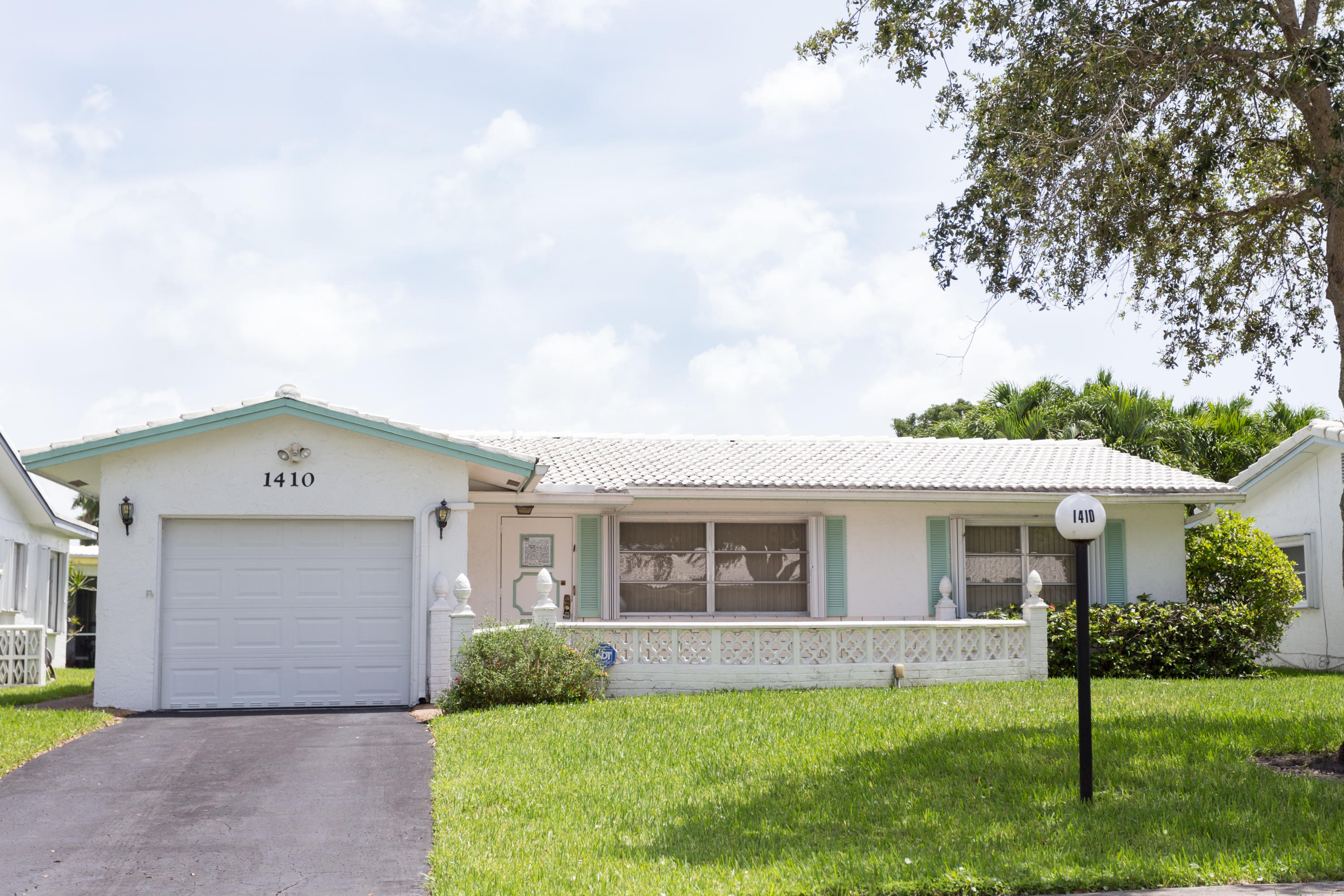 Home for sale in Lauderdale West 2 Plantation Florida