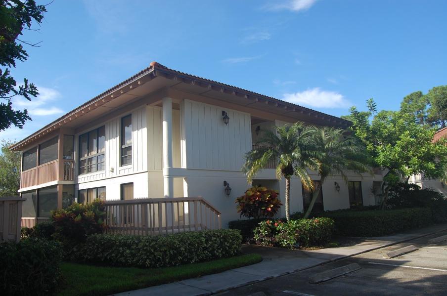 334 Brackenwood Circle, Palm Beach Gardens, Florida 33418, 2 Bedrooms Bedrooms, ,2 BathroomsBathrooms,F,Condominium,Brackenwood,RX-10587539