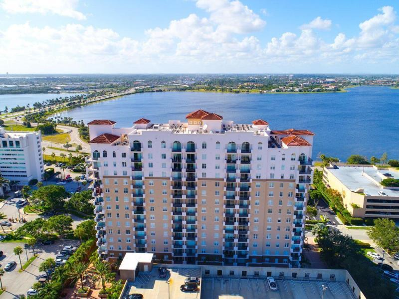 Photo of 616 Clearwater Park Road #1112, West Palm Beach, FL 33401