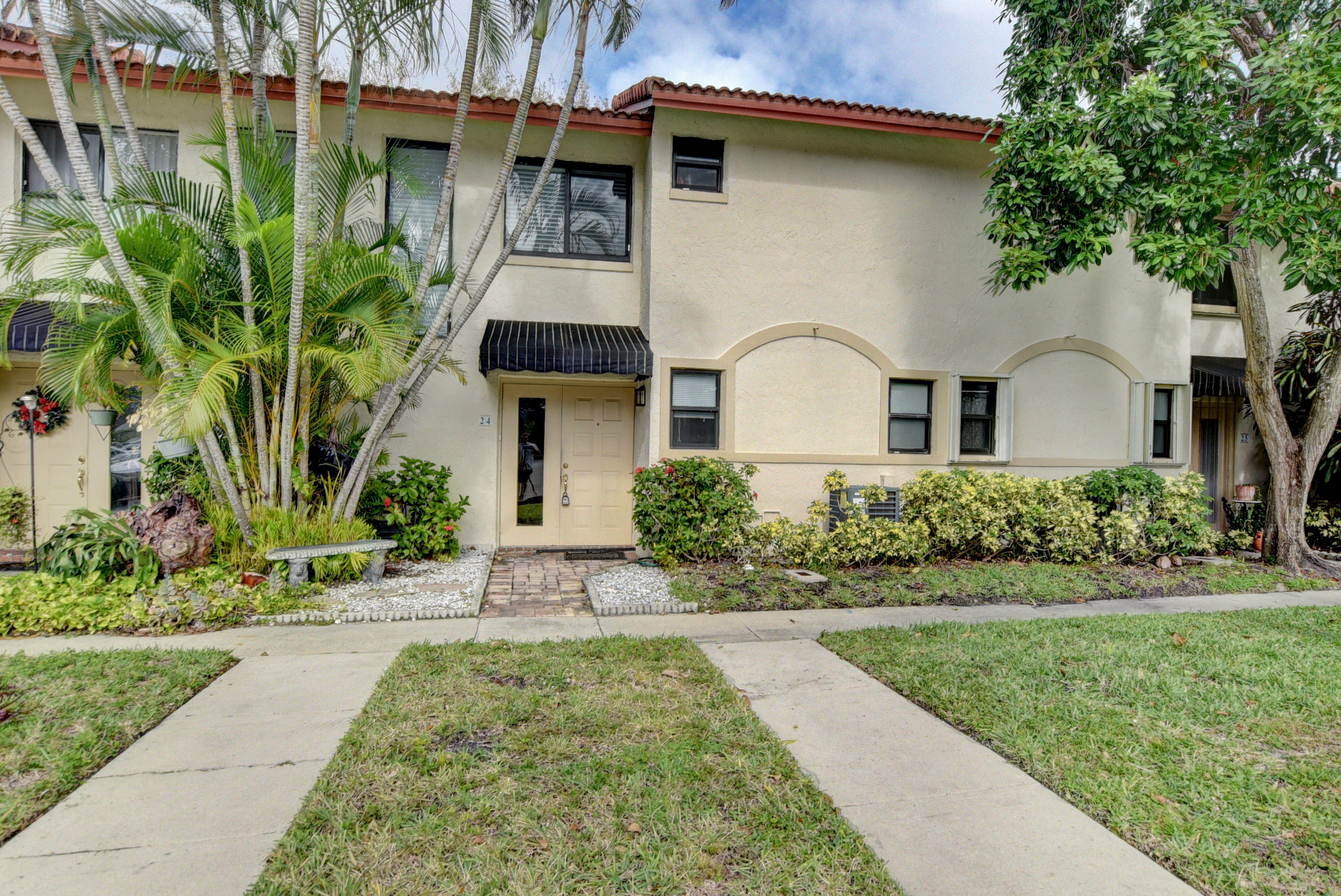 7200 2nd Avenue 24, Boca Raton, Florida 33487, 2 Bedrooms Bedrooms, ,1.1 BathroomsBathrooms,A,Townhouse,2nd,RX-10587508