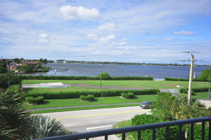 3460 S Ocean Boulevard 310 For Sale 10587672, FL