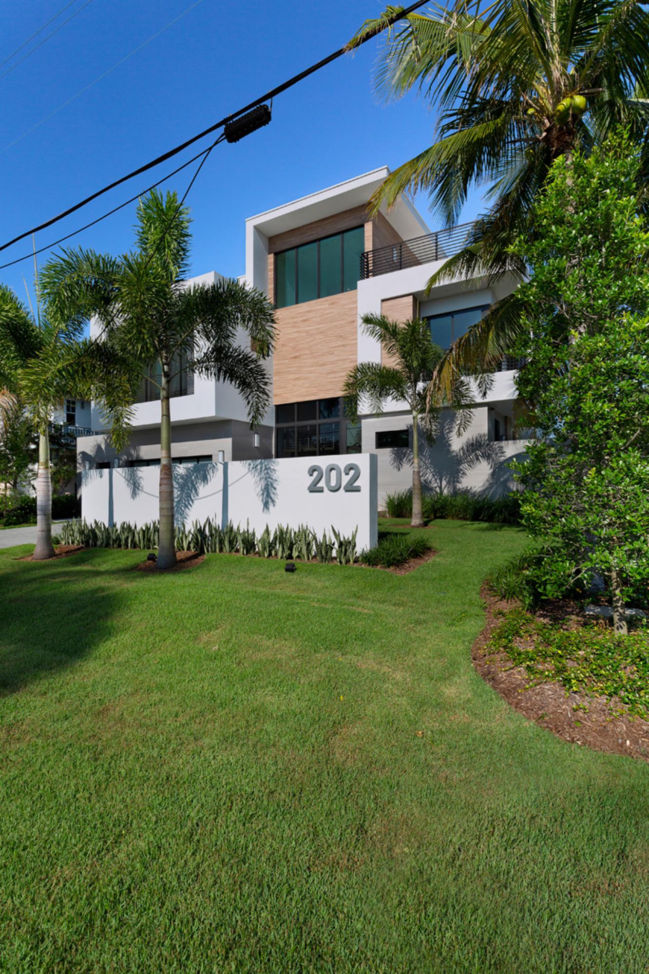 202 Venetian Drive Delray Beach, FL 33483 photo 5