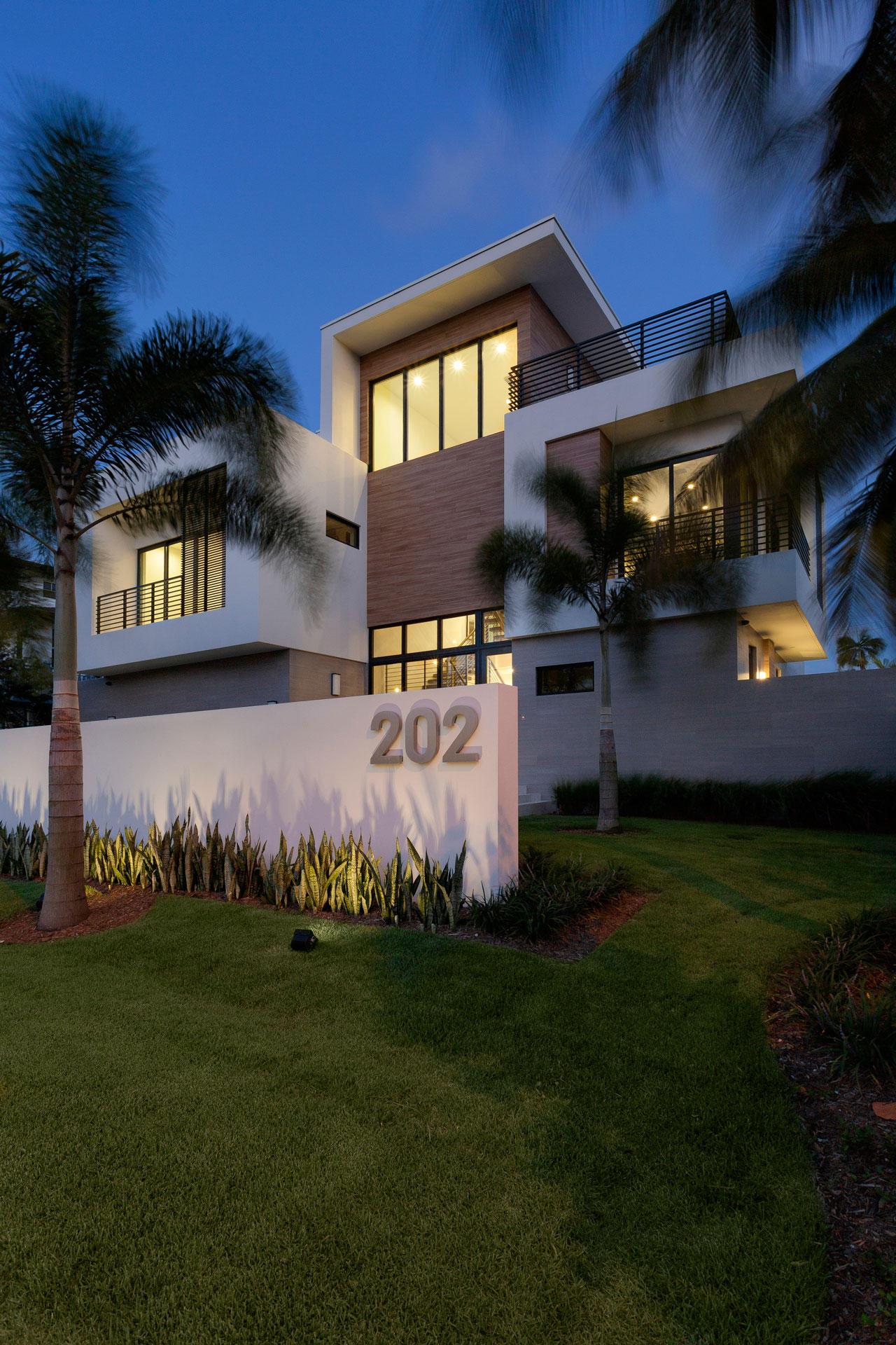 202 Venetian Drive Delray Beach, FL 33483 photo 6