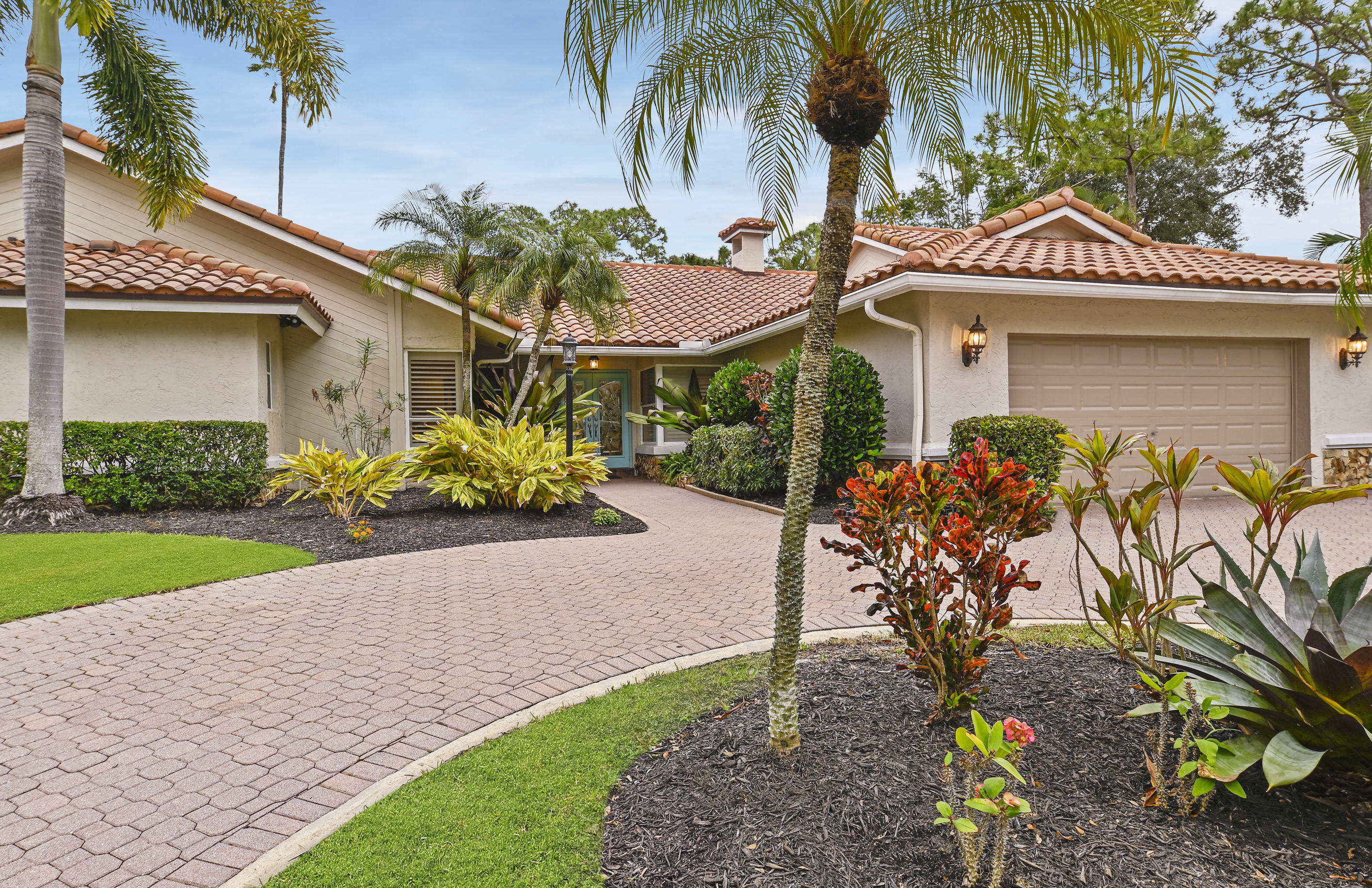 7547 Estrella Circle - Boca Raton, Florida