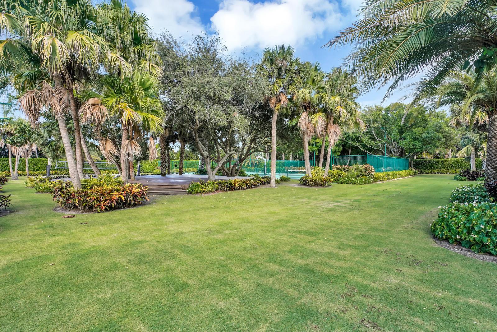 12540 Seminole Beach Road, North Palm Beach, Florida 33408, 5 Bedrooms Bedrooms, ,7 BathroomsBathrooms,Residential,for Sale,Seminole Beach,RX-10590909, , , ,for Sale