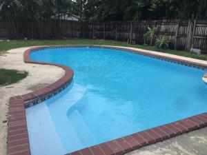 104  Walker Avenue  For Sale 10588462, FL