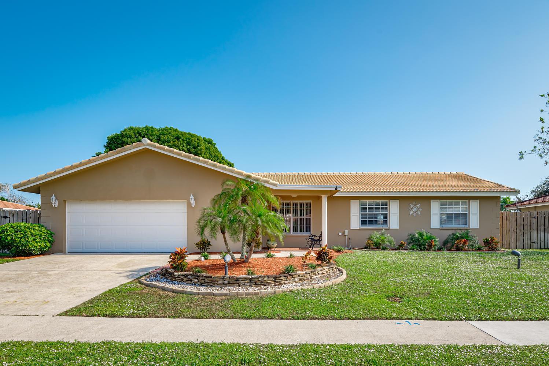 3554 NW 26th Court  Boca Raton FL 33434