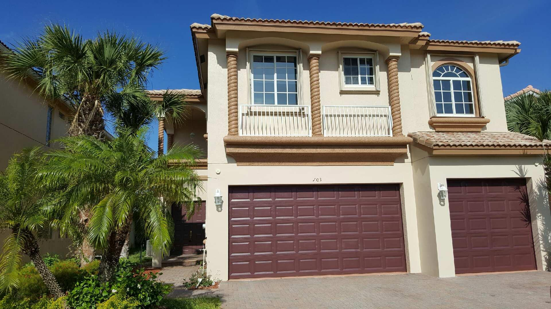103 Bellezza Terrace Royal Palm Beach, FL 33411 photo 1